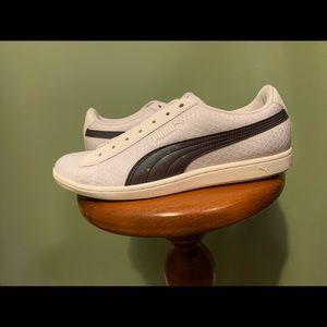 Puma 7.5 Holographic stripes white shoes
